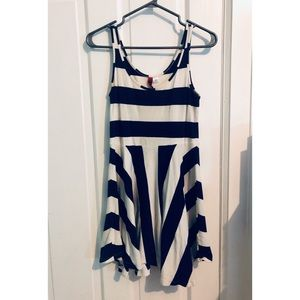 [H&M] Navy & White Striped Skater Dress